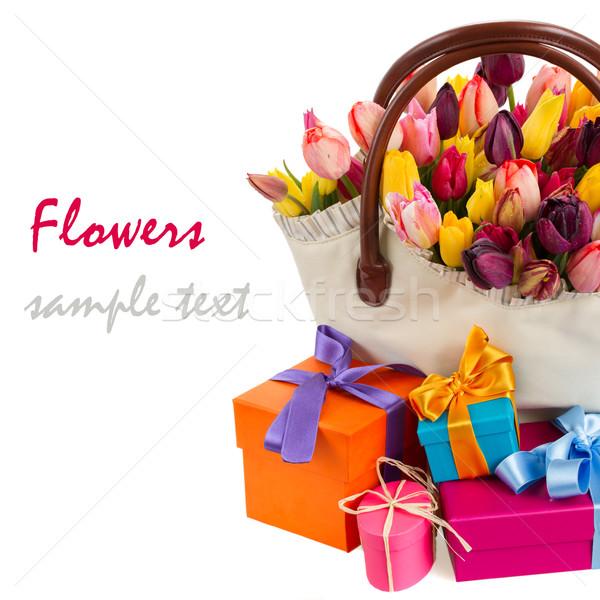 çanta lale hediye kutuları bahar yalıtılmış beyaz Stok fotoğraf © neirfy
