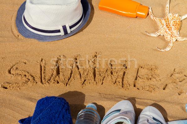 Yaz kelime yazılı kum beyaz Stok fotoğraf © neirfy
