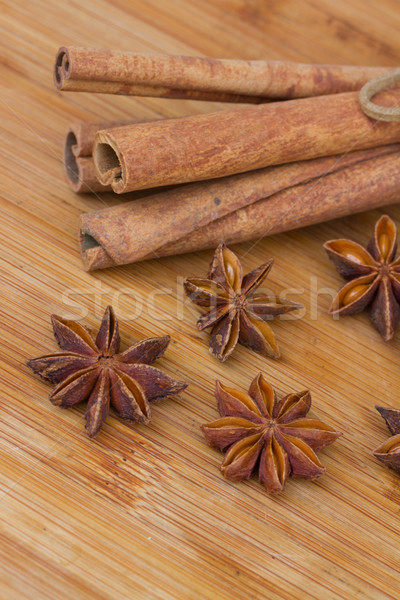Canela anís mesa de madera mesa estrellas Foto stock © neirfy