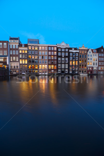Huizen Amsterdam Nederland kanaal verlicht Stockfoto © neirfy