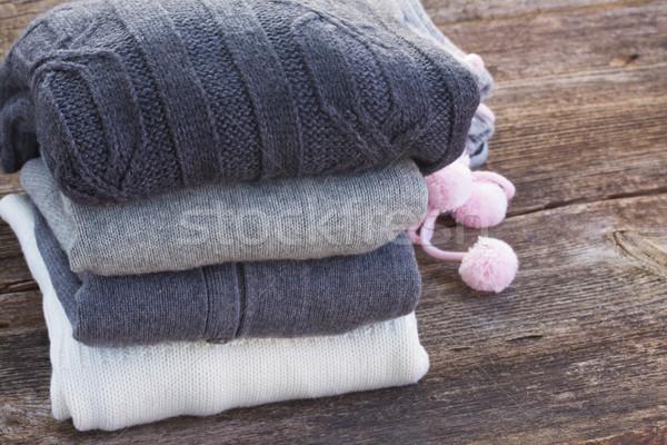 Wełniany ubrania ciepły drewniany stół moda Zdjęcia stock © neirfy