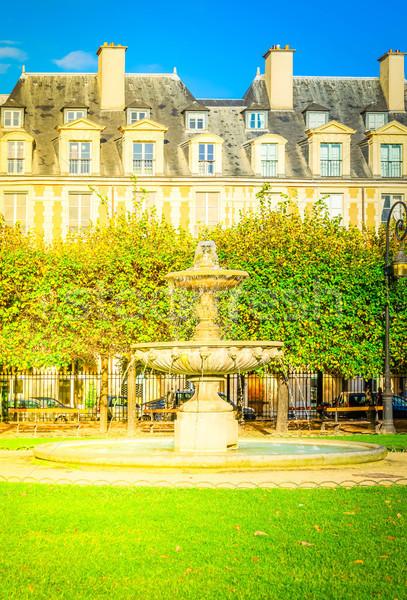 Place de Vosges, Paris Stock photo © neirfy