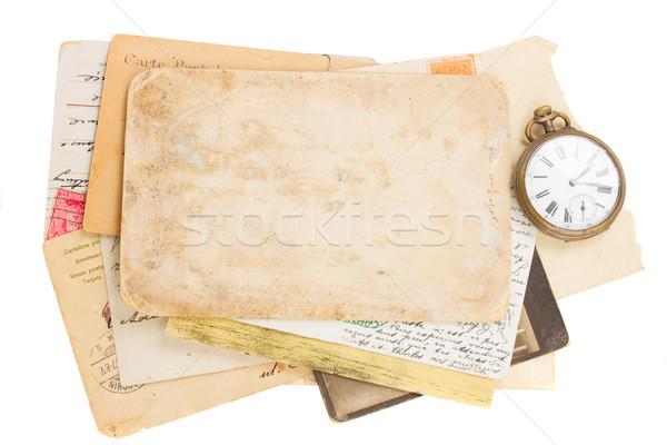 Köteg öreg fotók papírok antik óra Stock fotó © neirfy