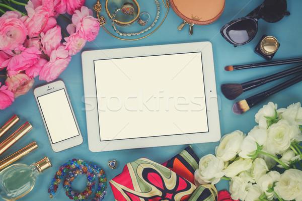 Vrouwelijk desktop vrouw mode Blauw houten Stockfoto © neirfy
