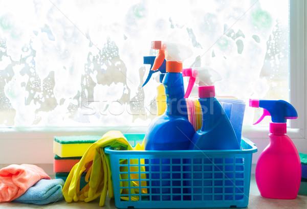 Pulizie di primavera contenitore guanti ufficio acqua casa Foto d'archivio © neirfy