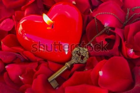 ключевые свечу сердце символ любви закрывается Сток-фото © neirfy