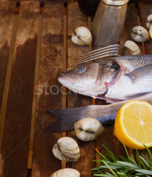 Twee zilver ruw vis schelpdier specerijen Stockfoto © neirfy