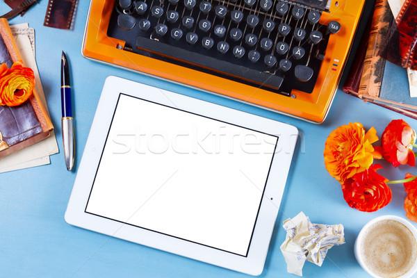Vintage orange machine à écrire rétro espace de copie Photo stock © neirfy