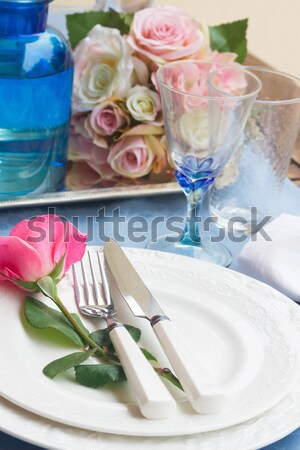 Tafelgerei diner platen servet bestek bloemen Stockfoto © neirfy
