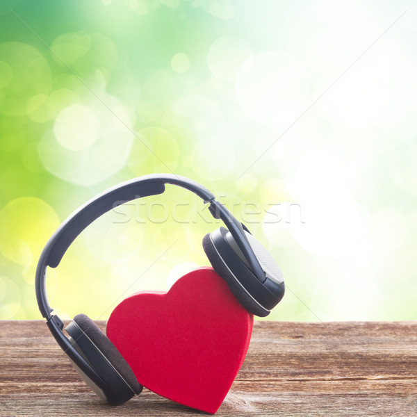 Foto stock: Romántica · música · rojo · corazón · auriculares · verde