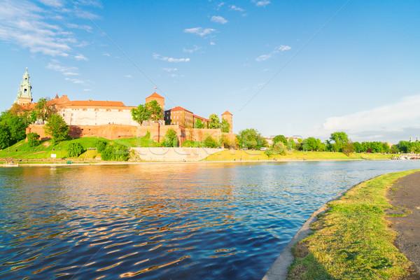 Hill zamek rzeki lata Zdjęcia stock © neirfy