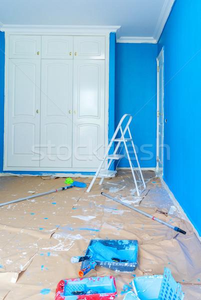 Otthon rendbehoz öreg helyreállítás újonnan festett Stock fotó © neirfy