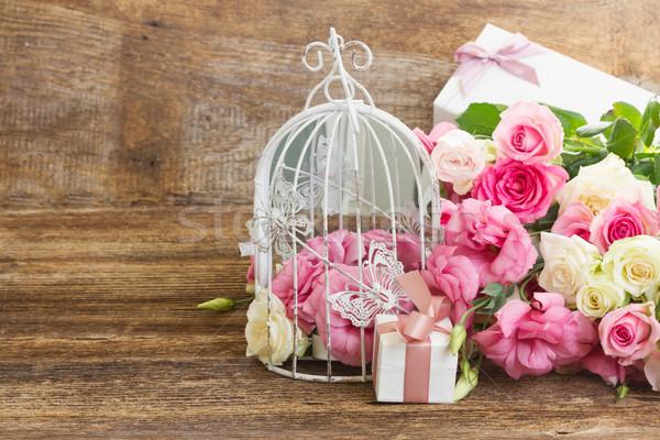 Rosa flores brancas monte branco fresco rosas Foto stock © neirfy
