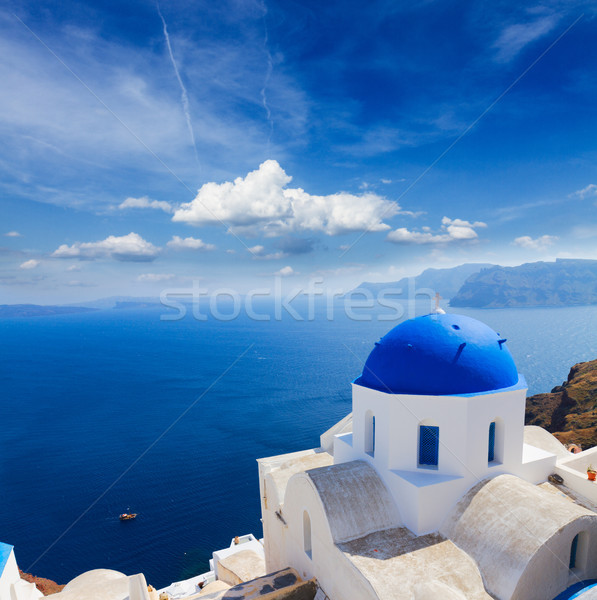 Tradicional azul cúpula mar santorini igreja Foto stock © neirfy