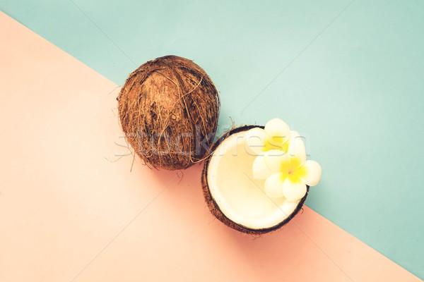 Kokosowe owoców minimalny stylu pęknięty górę Zdjęcia stock © neirfy