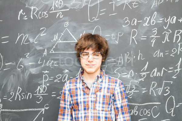 Jongen Blackboard math formules tiener bril Stockfoto © neirfy