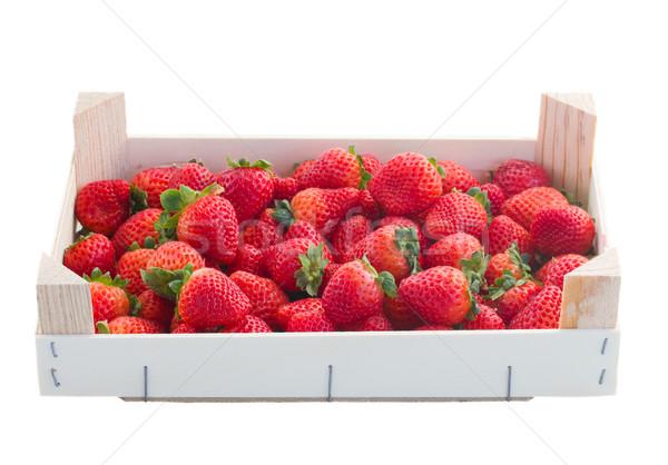 Truskawki skrzynia czerwony odizolowany biały żywności Zdjęcia stock © neirfy