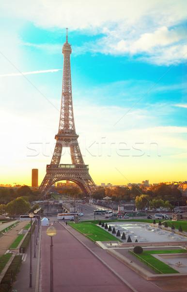 Eiffel turné Párizs Eiffel-torony kertek napfelkelte Stock fotó © neirfy