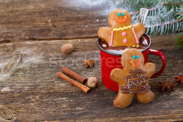 Stock fotó: Mézeskalács · férfiak · bögre · forró · csokoládé · kettő · fa · asztal