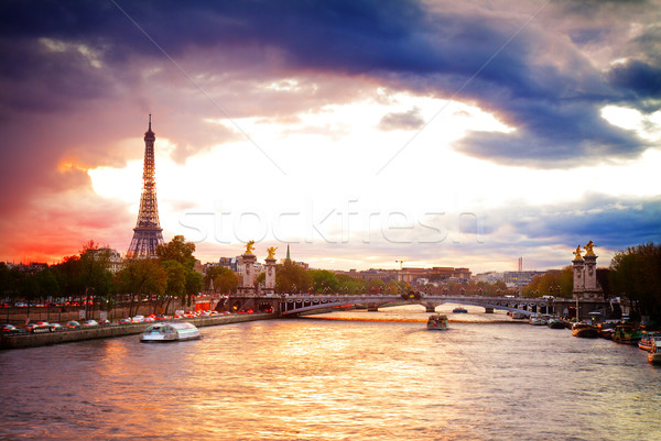 Pont Tour Eiffel Paris coucher du soleil France rétro Photo stock © neirfy