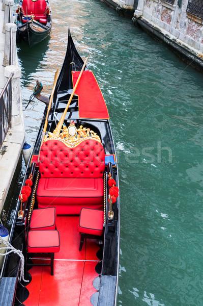 Veneciano góndola canal rojo cuero silla Foto stock © neirfy