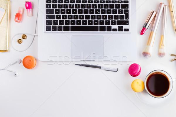 Vrouwelijk werkruimte top grens toetsenbord Stockfoto © neirfy