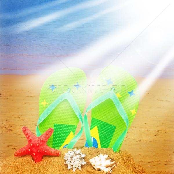 зеленый сандалии Starfish песок пару изолированный Сток-фото © neirfy