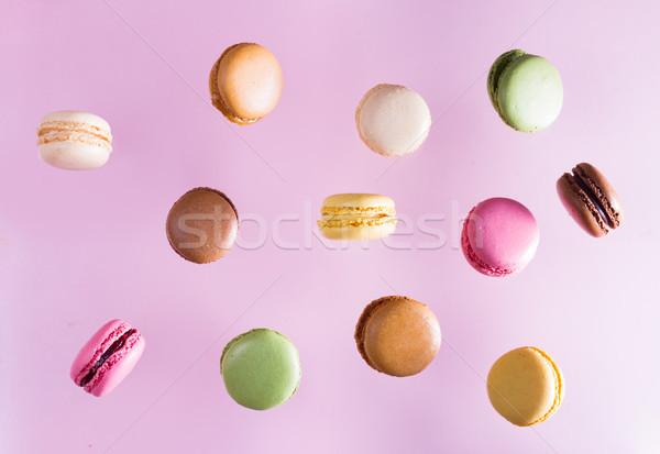 Cookies roze vallen voedsel achtergrond cake Stockfoto © neirfy