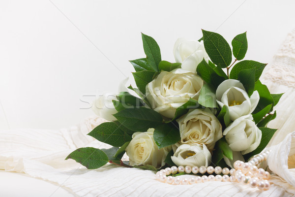Photo stock: Rose · orange · roses · dentelle · blanche · fraîches