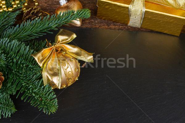Sempre-viva árvore dourado decorações bola Foto stock © neirfy