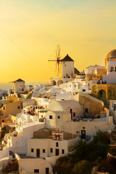 Wiatrak wygaśnięcia santorini pomarańczowy wyspa miasta Zdjęcia stock © neirfy