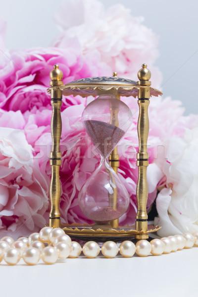 Essenza clessidra perle fresche fiori bianco Foto d'archivio © neirfy