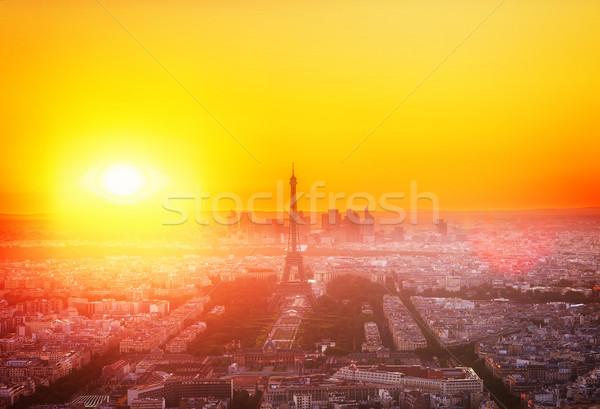Eyfel Kulesi Paris Cityscape ufuk çizgisi üzerinde turuncu Stok fotoğraf © neirfy