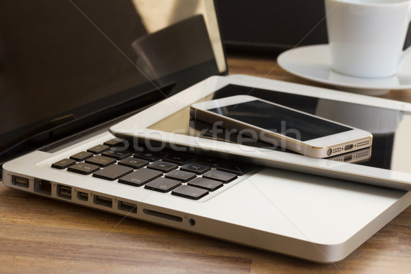Modern számítógép kütyük laptop tabletta telefon Stock fotó © neirfy