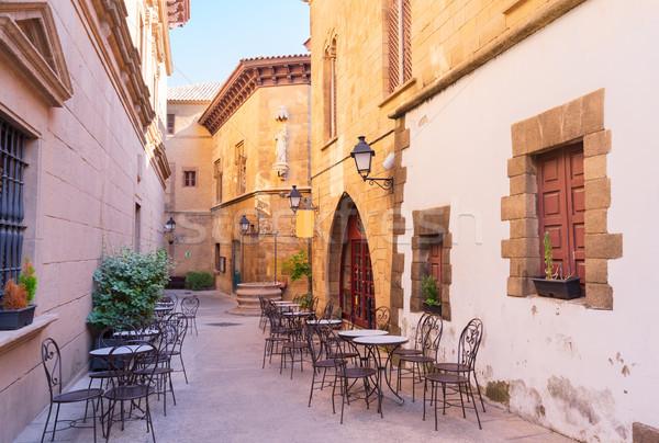 Barcelona utca hagyományos építészet helyszín épület Stock fotó © neirfy