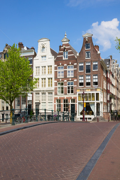 Calle Amsterdam Holanda edad casas barrio antiguo Foto stock © neirfy