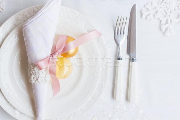 Tafelgerei ingesteld platen vork witte tafelkleed Stockfoto © neirfy