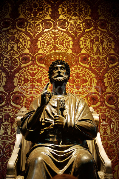 Statue of St. Peter in Vatican (Rome, Italy) Stock photo © Nejron