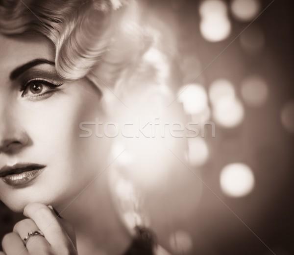 Portrait élégante blond rétro femme belle Photo stock © Nejron