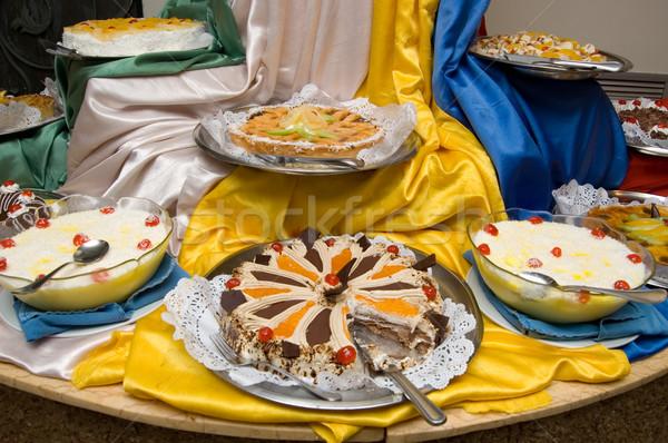 Não descrição festa aniversário bolo tabela Foto stock © Nejron