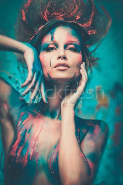 Genç kadın dalmak yaratıcı kadın Stok fotoğraf © Nejron