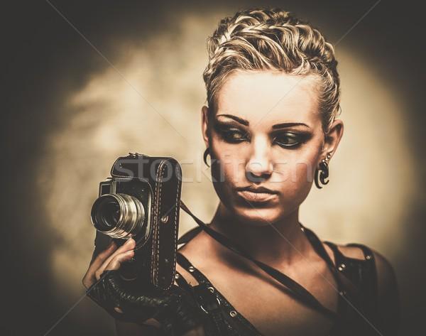 Steampunk kız Retro kamera duvar güzellik Stok fotoğraf © Nejron