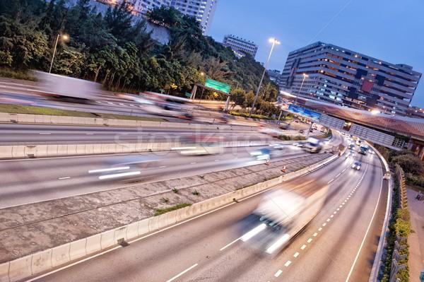 Schnell bewegen Autos Straße Stadt Hintergrund Stock foto © Nejron