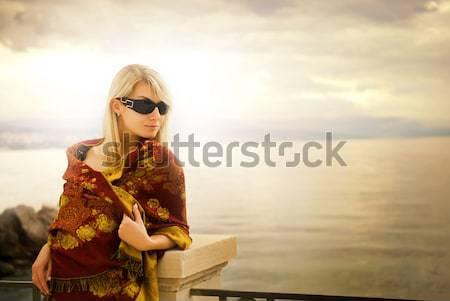 Fiatal pér szeretet óceán naplemente nő lány Stock fotó © Nejron