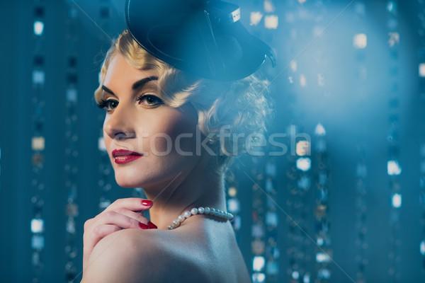 Zarif sarışın Retro kadın güzel Stok fotoğraf © Nejron