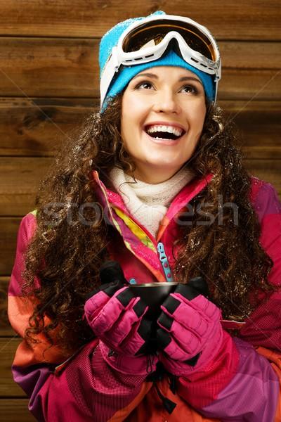 Gelukkig vrouw ski dragen beker warme drank Stockfoto © Nejron