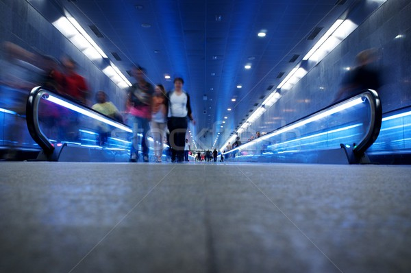 Pessoas caminhada metrô cidade trem grupo Foto stock © Nejron