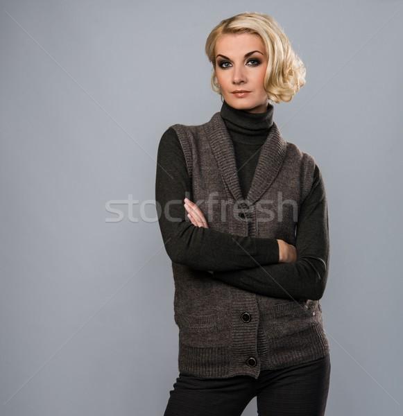Stockfoto: Elegante · blond · vrouw · toevallig · bruin · kleding
