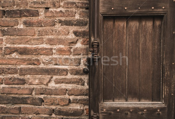 Stok fotoğraf: Eski · ahşap · kapı · tuğla · duvar · duvar · soyut