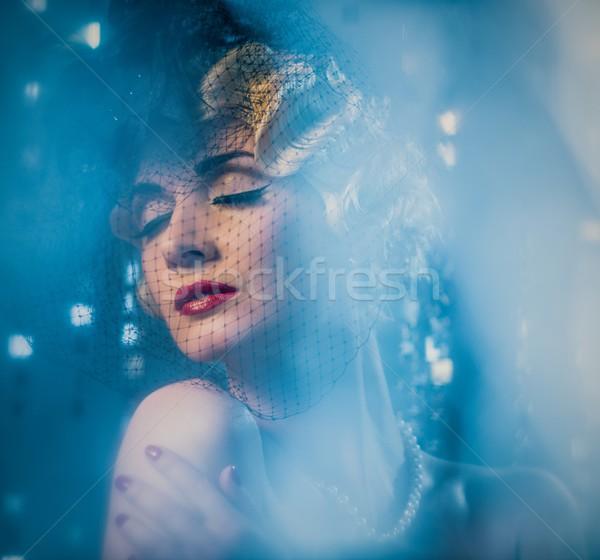 Elegant retro femeie frumos coafura Imagine de stoc © Nejron
